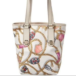 Gucci charm chain pattern silky tote